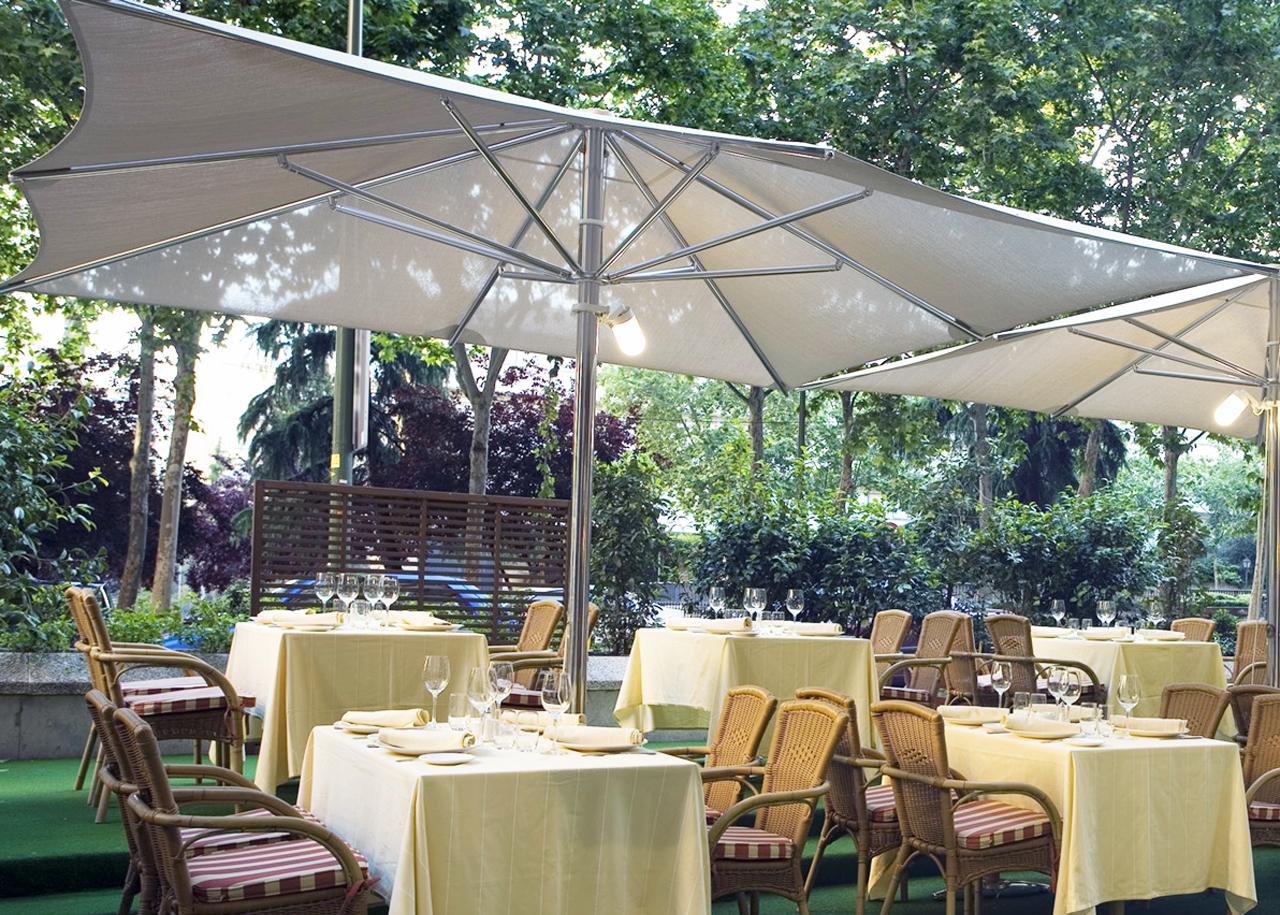 Sombrillas y parasoles en reus tarragona tot stil - Sombrillas y parasoles ...
